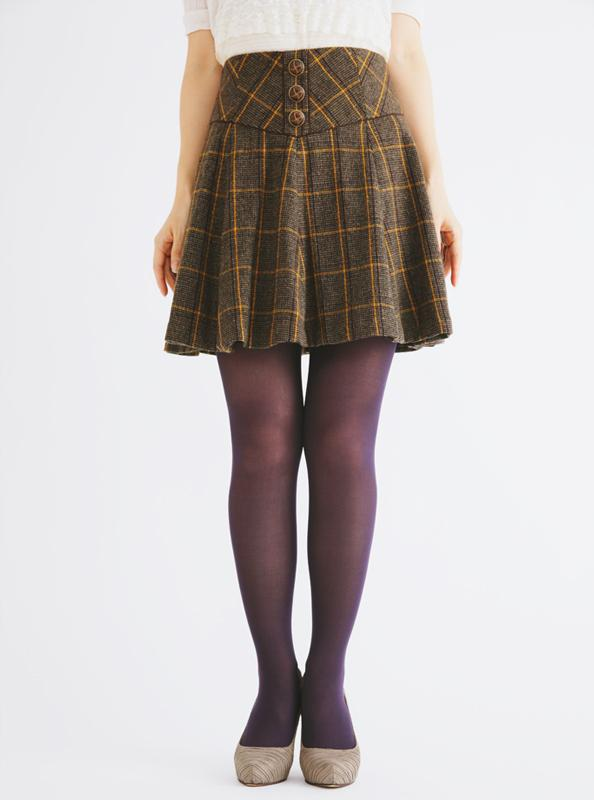 8 pairs of sweater tights that will actually keep you warm FGNHYOF