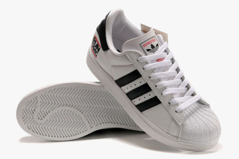 Adidas Classic in 2005, with the adidas superstar as strong as ever, the two hooked up JXFCXTG