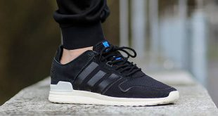 Adidas Originals ZX 700 adidas zx 700 2.0 u201ccore blacku201d coming soon UQMBEAP