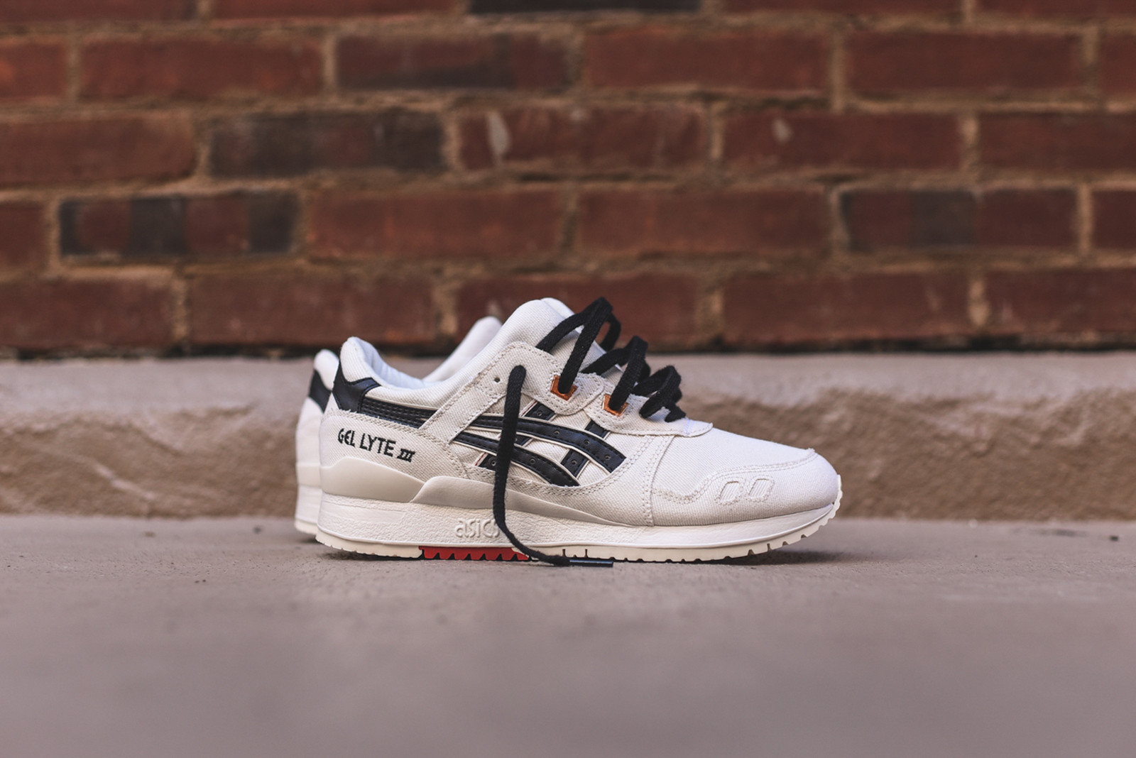 asic gel lyte 3 the asics gel lyte 3 white denim is out now YKWPUTO