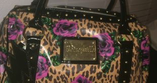 betseyville bags betseyville bag in cheetah print w/ pink roses XCRRCLS