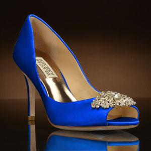 Looking cool with blue wedding shoes storiestrending blue wedding shoes view details dkoswjk junglespirit Choice Image