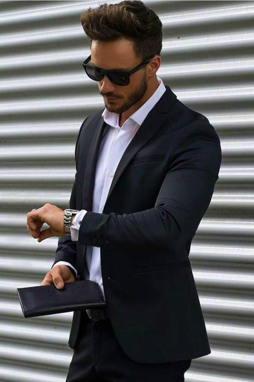 casual suits for men temper your black suit with a gray coat and a colored scarf. how to NYMJBRE