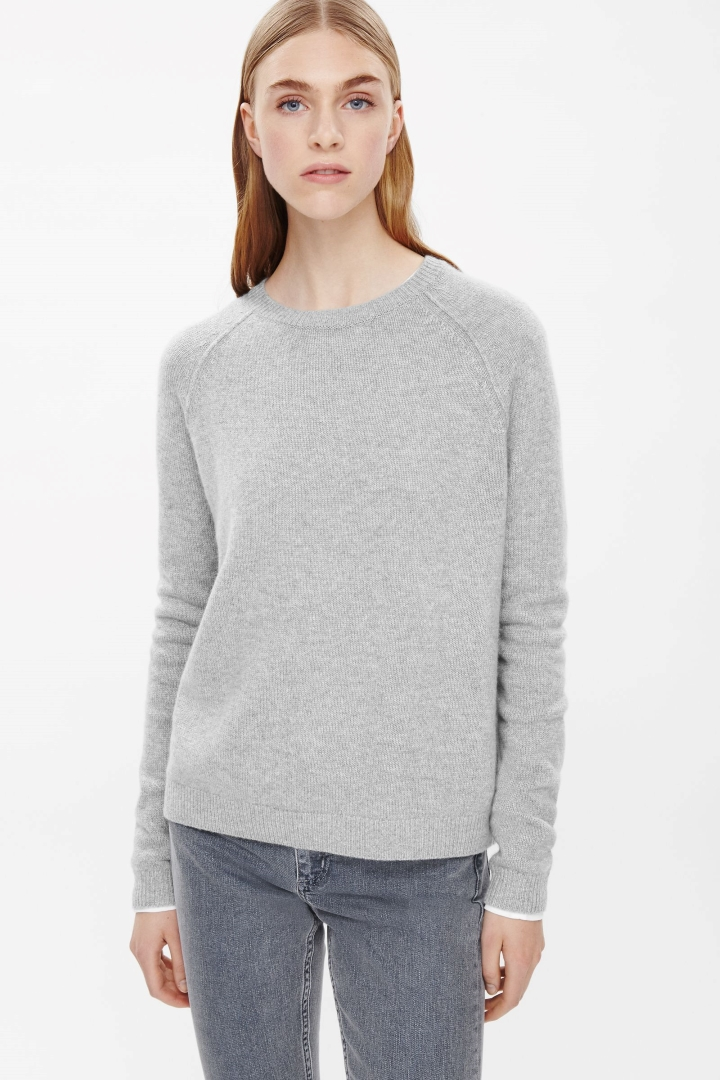The Perfect Solution of winter: The Cashmere Jumper