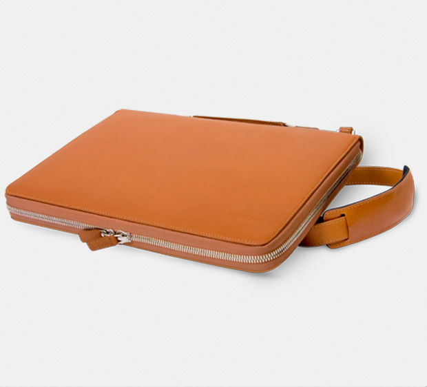 designer laptop bags make contact: press, retailers and customers LPMKCNI