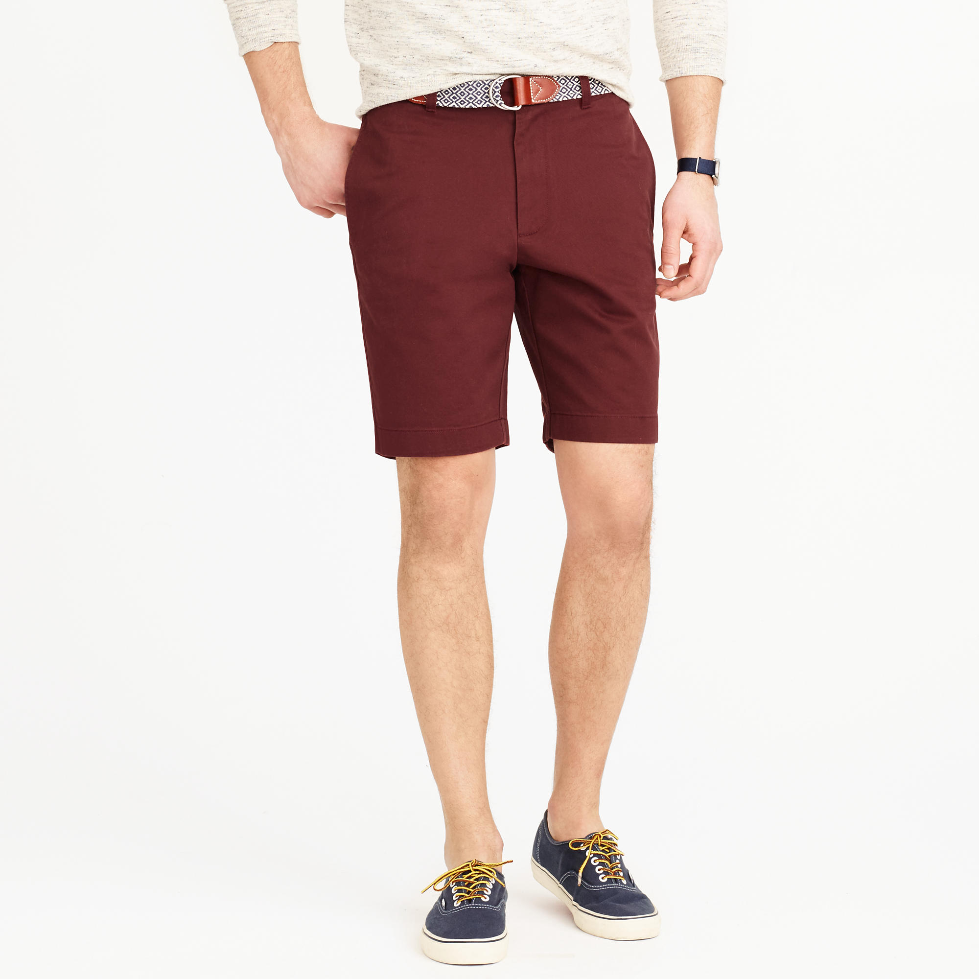 Get that manly look with mens chino shorts