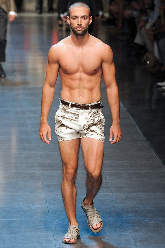 Get Manly with stylish men's short shorts
