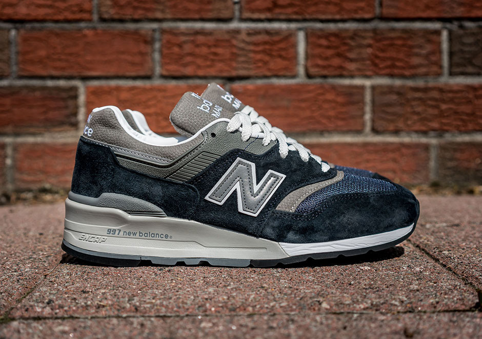 new-balance-997 here is the new balance 997 navy blue / grey VPXHLPU