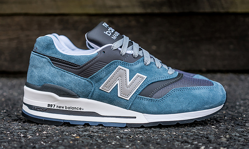 new-balance-997 new balance 997 makes a triumphant return in blue and grey GJQAYLE
