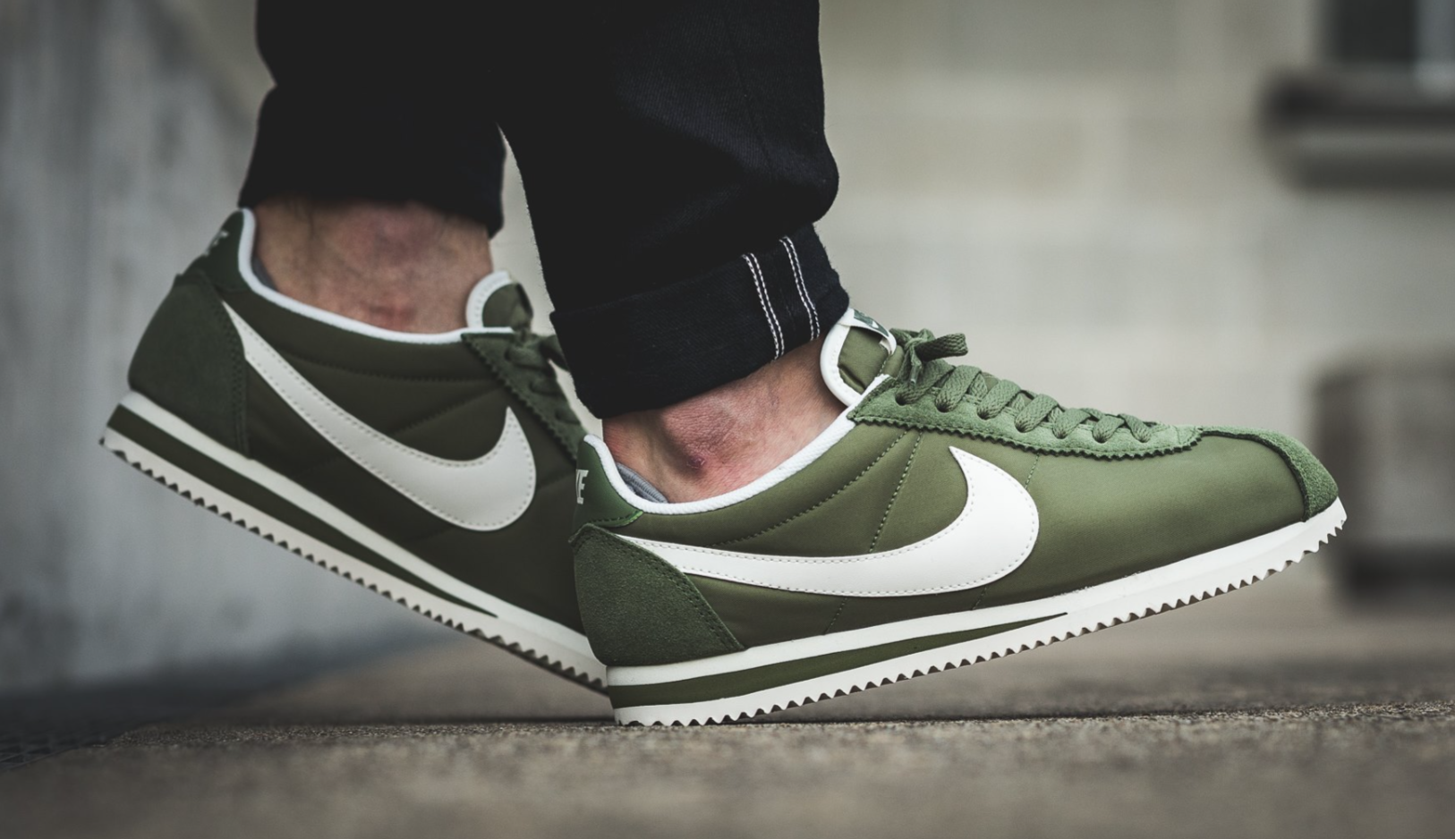 nike cortez following the release of three premium tonal iterations, the classic nike  cortez is EKSFCBZ