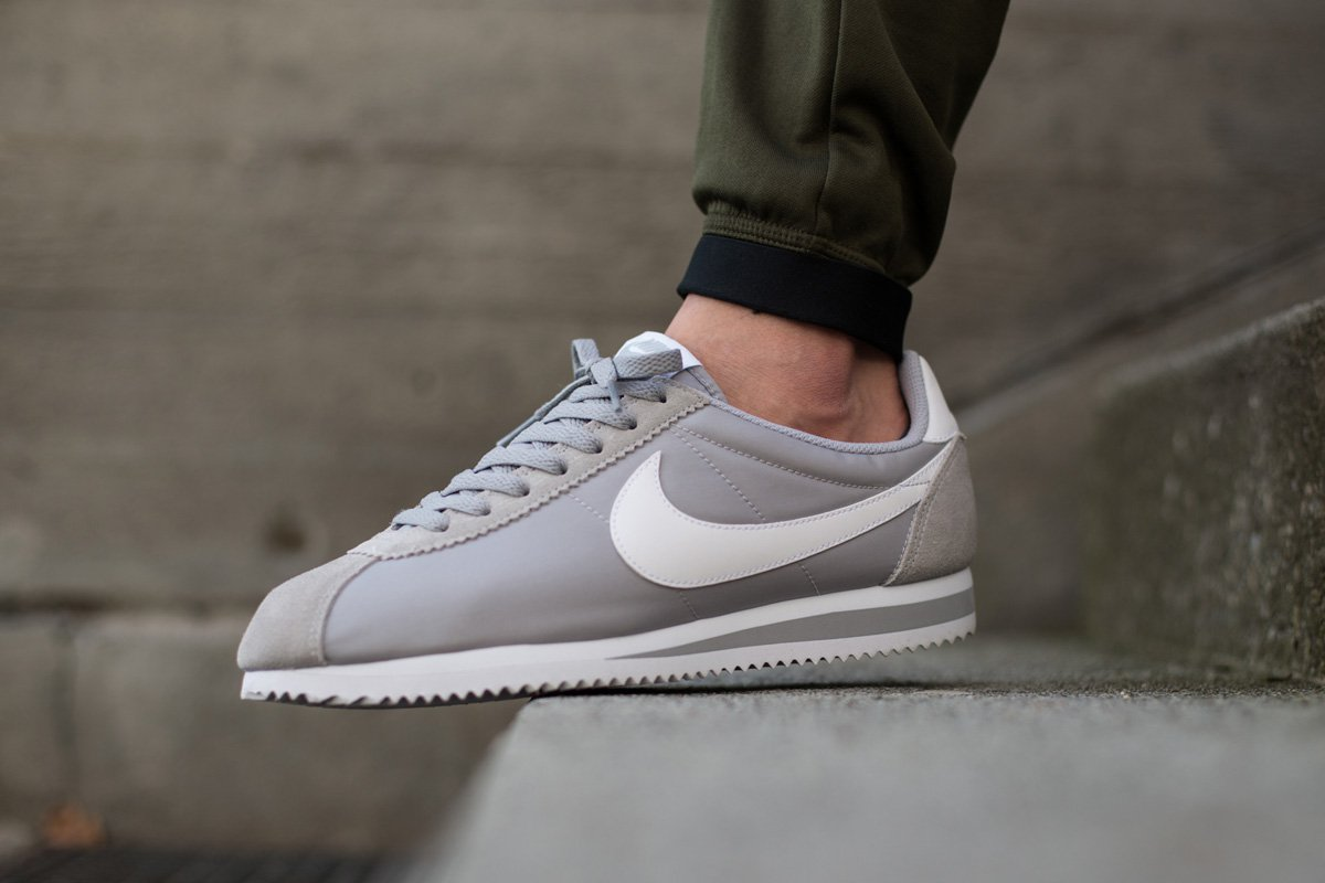nike cortez nylon the nike cortez is beginning to release in some new nylon-version ... FDBOUBE