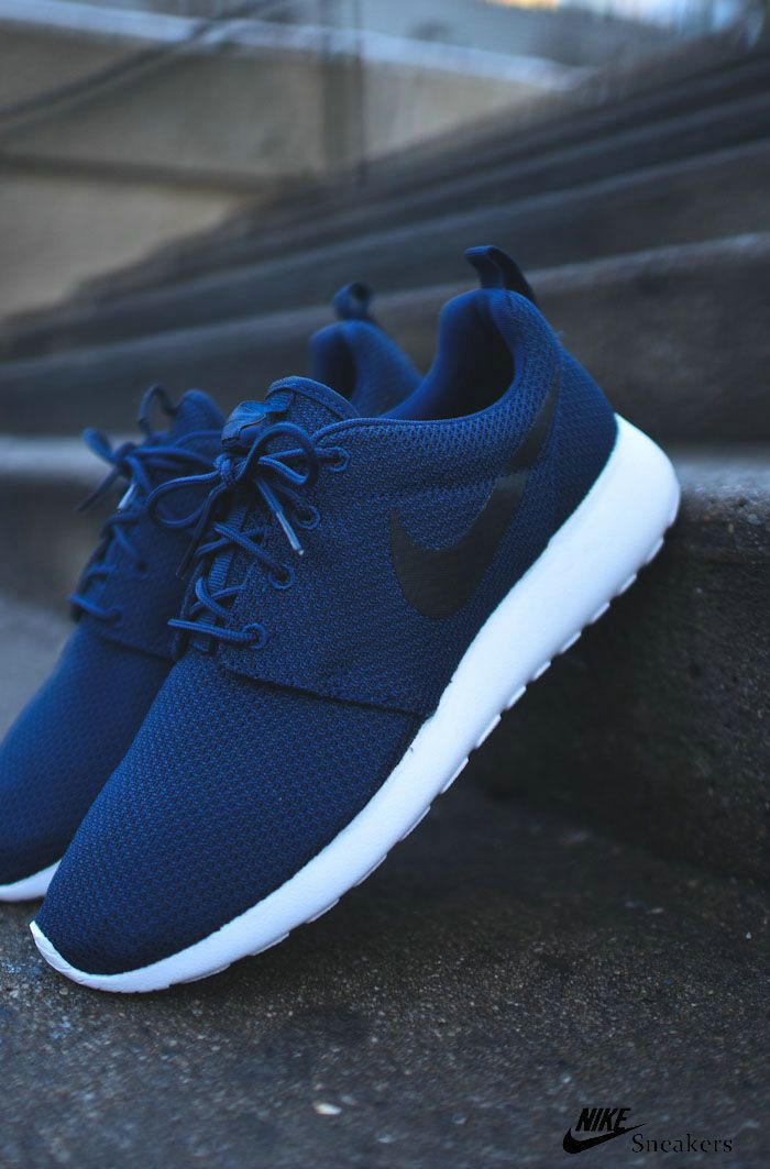 Nike sneakers for men find great deals on pinterest for nike multicolor shoes in athletic shoes  for XOPMNXS