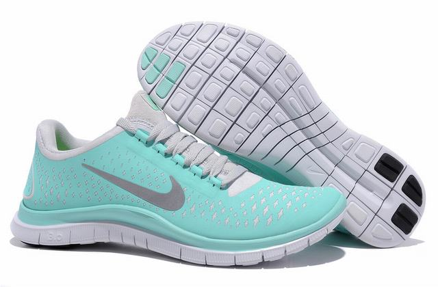 Nike womens trainers –Sensible Shoes Of 21st Century