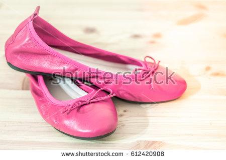pink ballerina shoes SKWTTEU