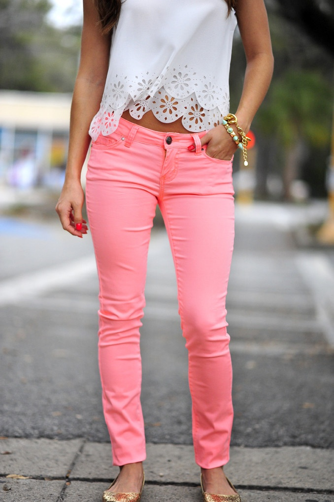 Pink Pants for Spring and Summer Styles