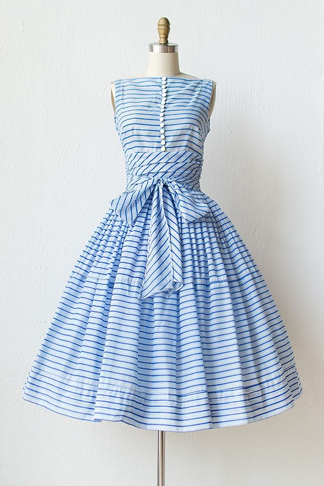 vintage dress vintage 1950s blue striped dress ♥ the buttons, the waist, the bow-- SGTZBDQ