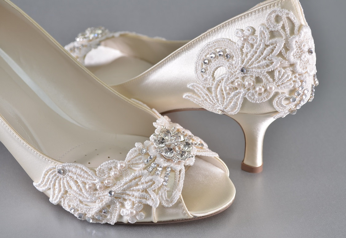 wedding shoes low heel like this item? OCFYECB