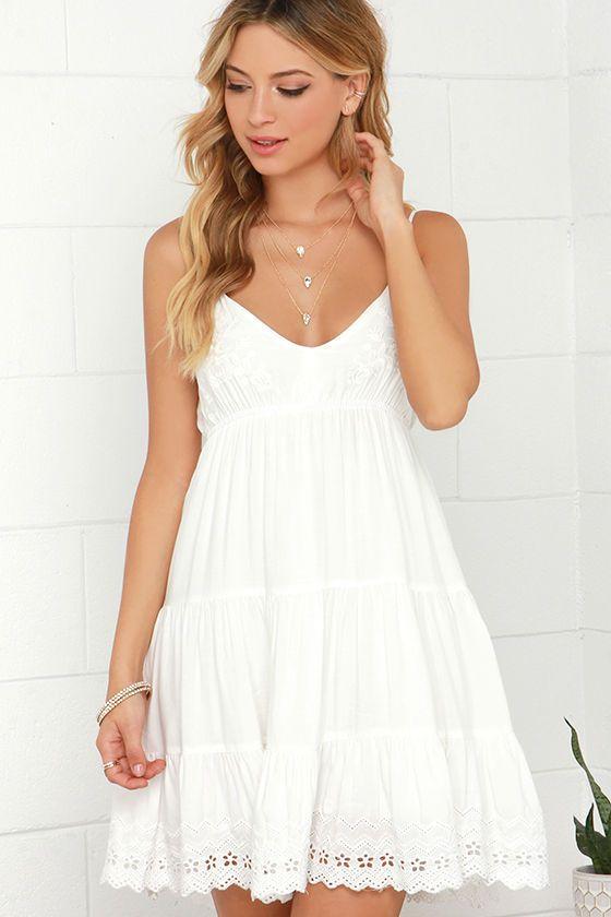White Summer Dress EE78 » Regardsdefemmes