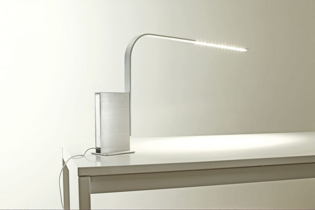 minimalist lamp system designers go linear at icff with led stick bulbs RSPGUFQ