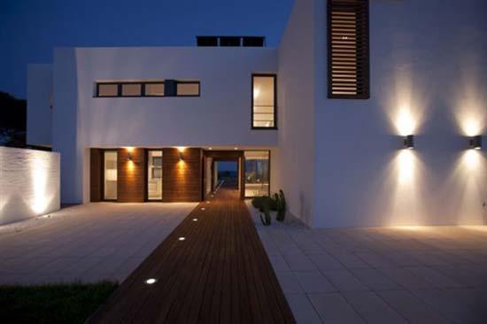 modern outdoor lamps outdoor lighting | modern outdoor light fixtures at lumens.com AVCJSPA