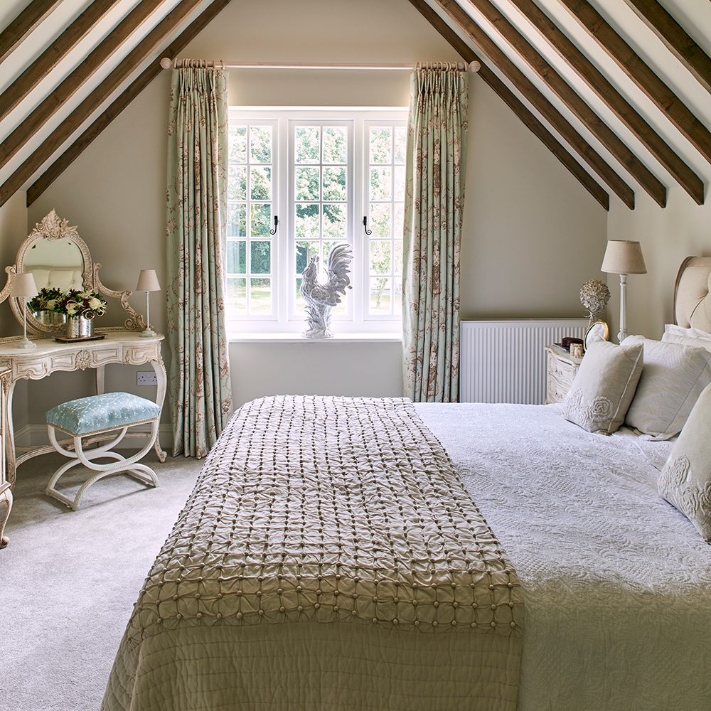Country style bedroom country cottage bedrooms attic jonathan gooch UQIQPTJ