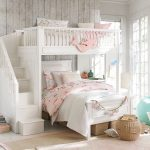 Attractive and practical sleeping accommodations: Beds for girls