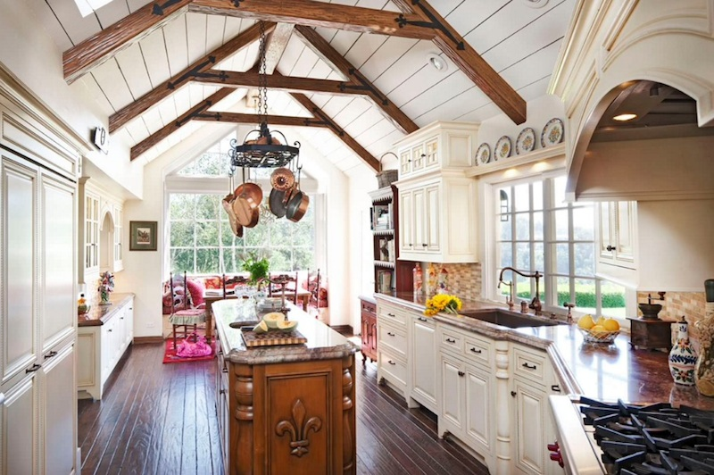 country kitchens airy kitchen QHMVOAW