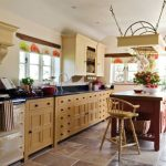 Kitchen with freestanding kitchen block: pictures & ideas to inspire your kitchen planning