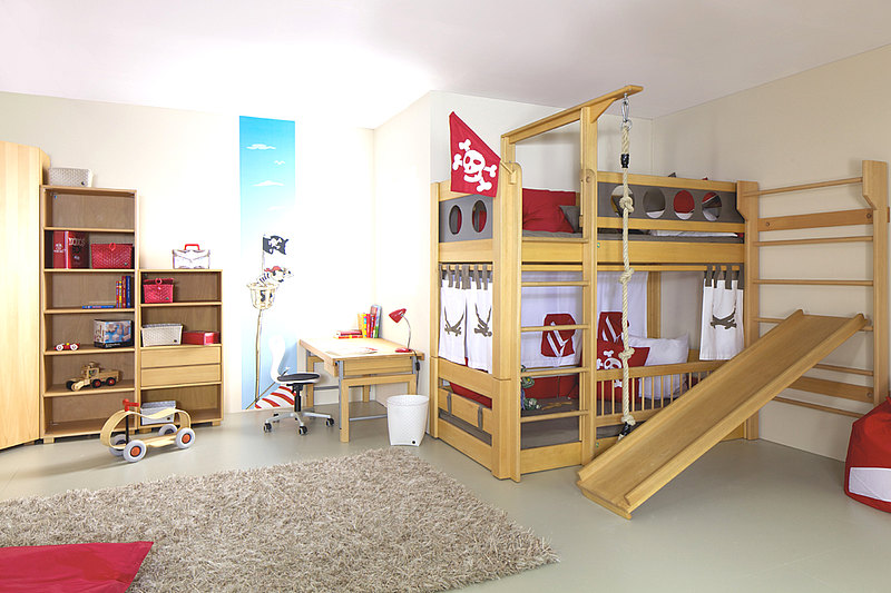 de Breuyn loft bed with slide