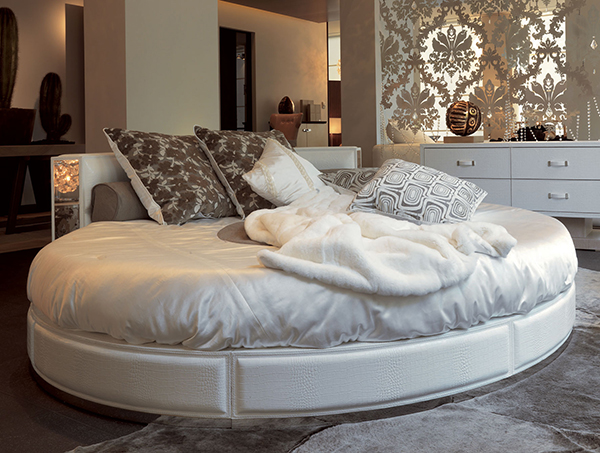 Home Design: Nella Vetrina Designer Beds to Bring Charm and Style to