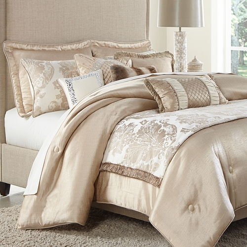Palermo Luxury Bedding Set: A Michael Amini Bedding Collection