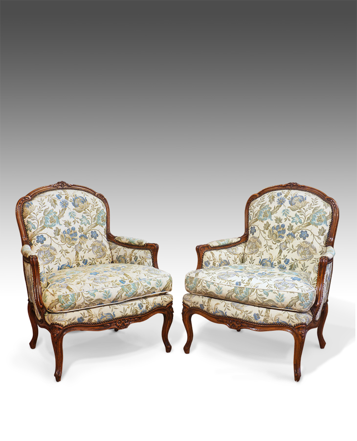 Antique Chairs / Sofas / Stools : Upholstered armchairs, Sofas