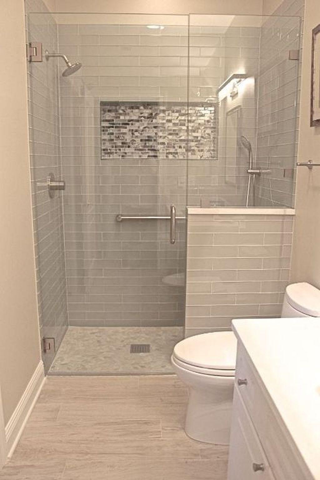 Nice 42 Cool Small Master Bathroom Renovation Ideas.