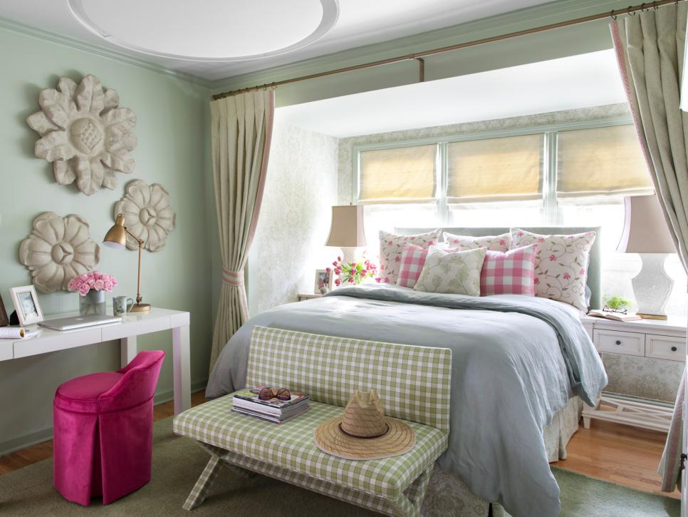 Cottage-Style Bedroom Decorating Ideas