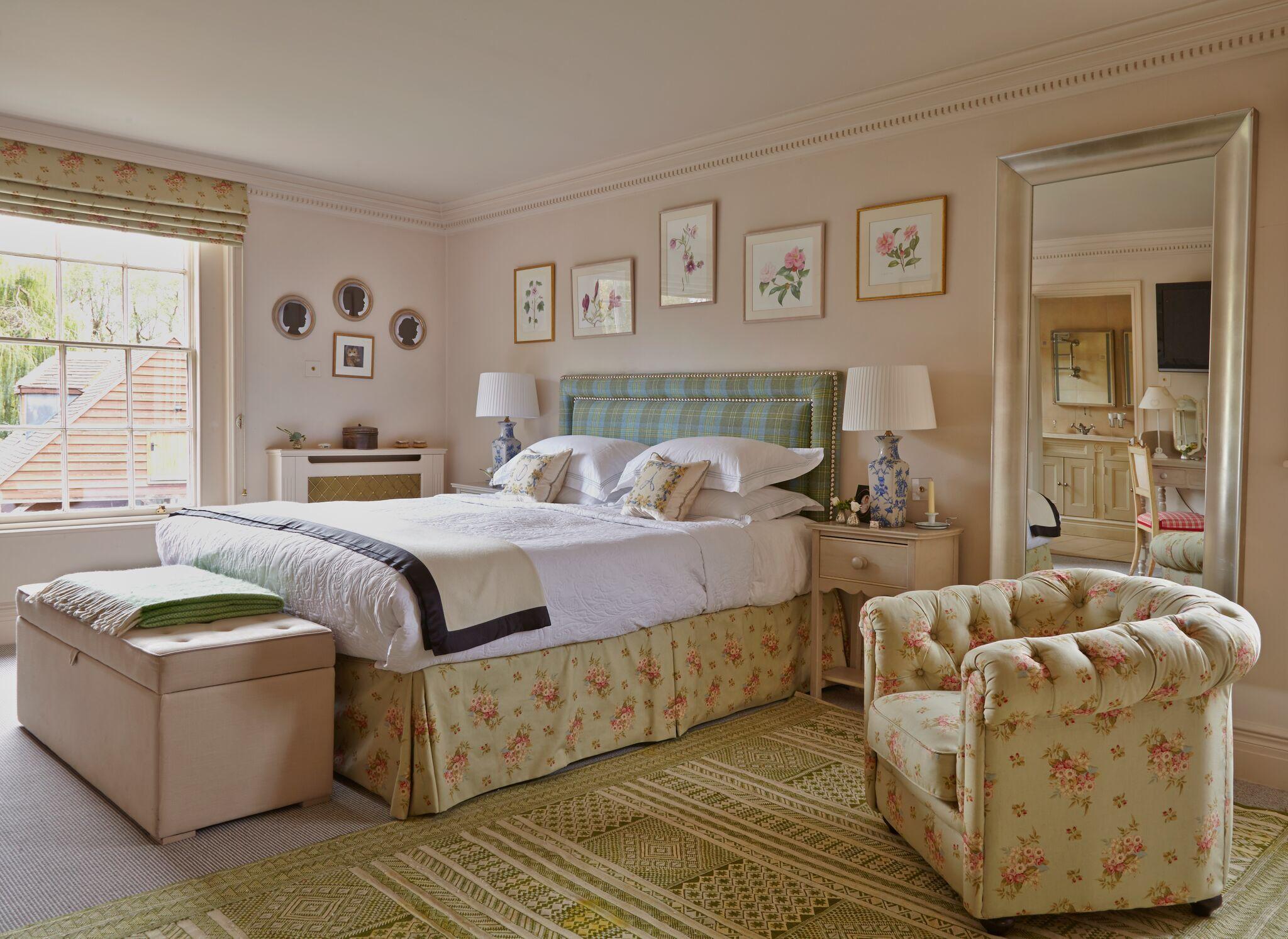 Bedroom Decor Ideas – storiestrending.com