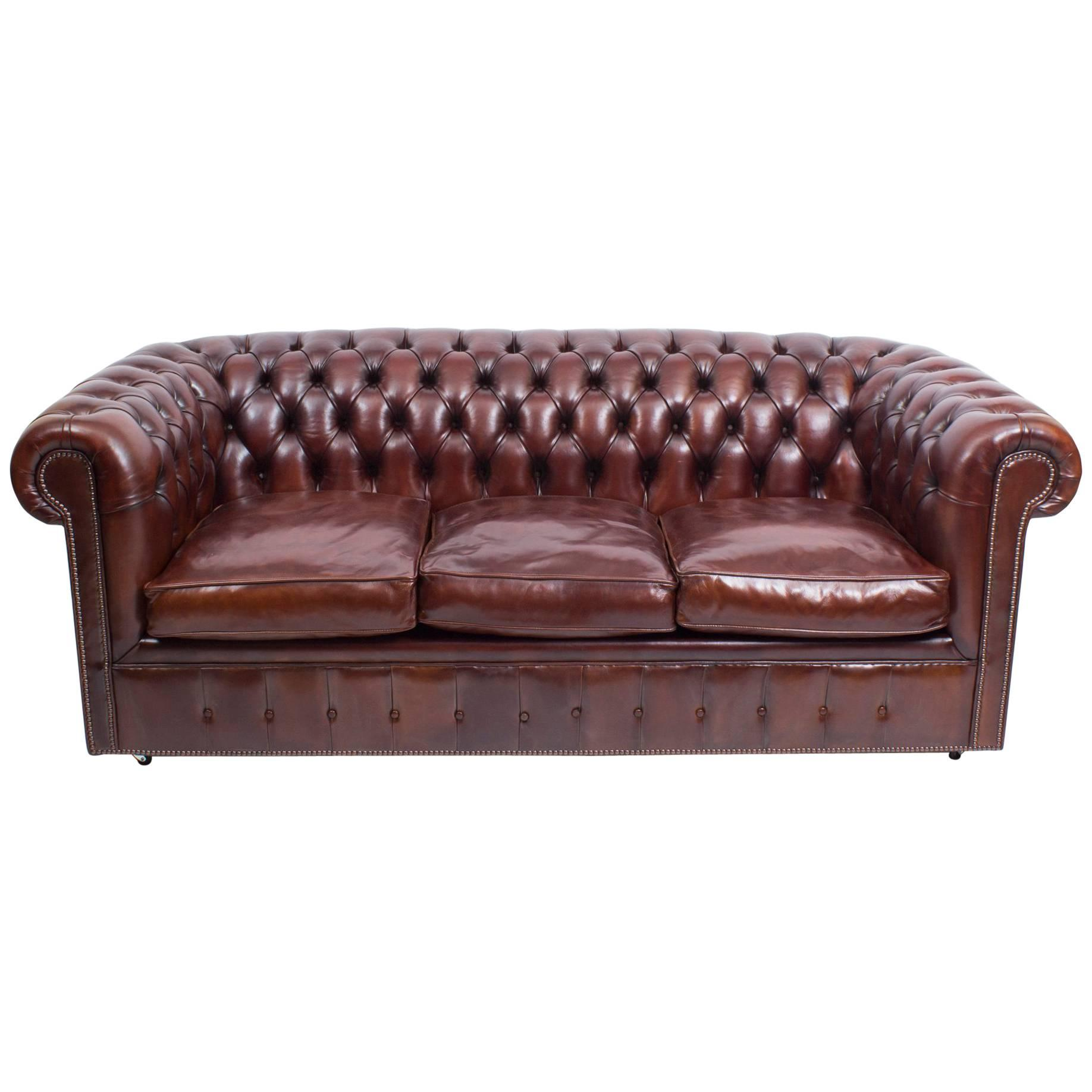 Bespoke English Leather Chesterfield Sofa Bed BBO For Sale