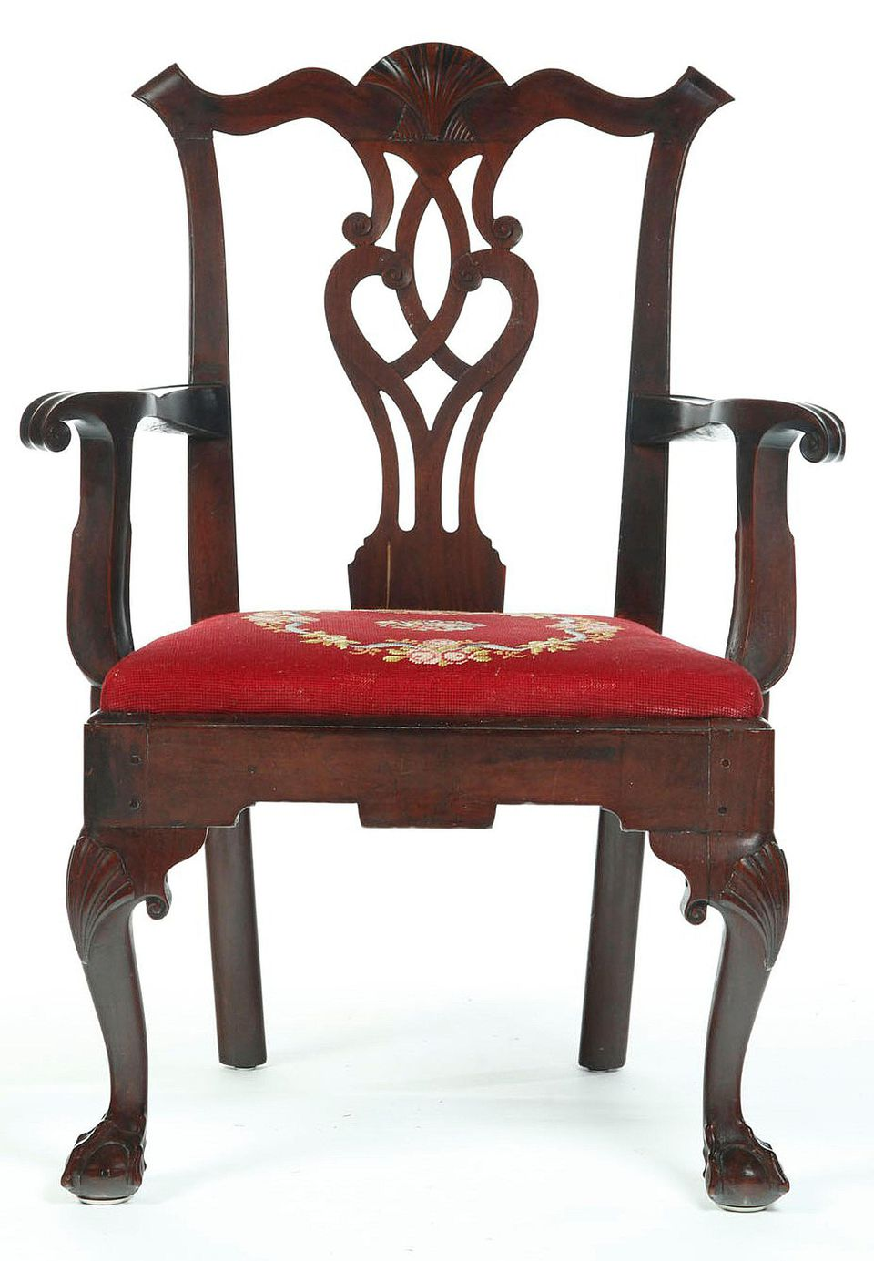 Chippendale Style Chair with Yoke Back, Pierced Splat, Cabriole Legs, and  Ball and Claw Feet, c. 1765-1775. – Image via. Traveller Location