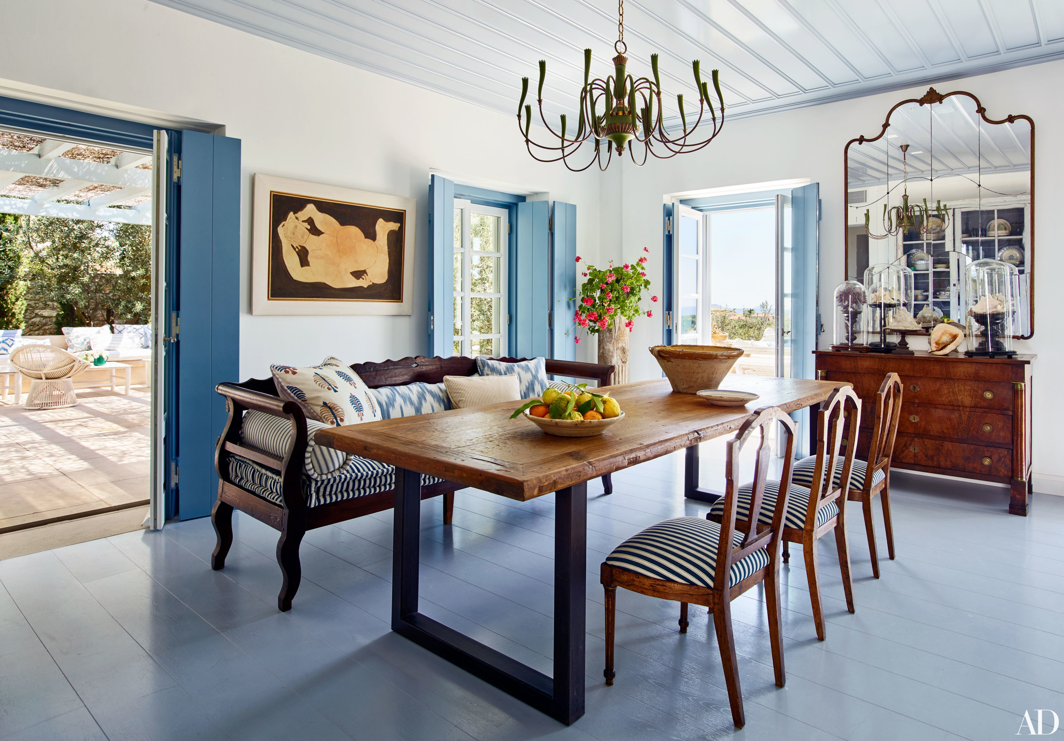 Tips to Mix and Match Dining Room Chairs Successfully - Architectural Digest