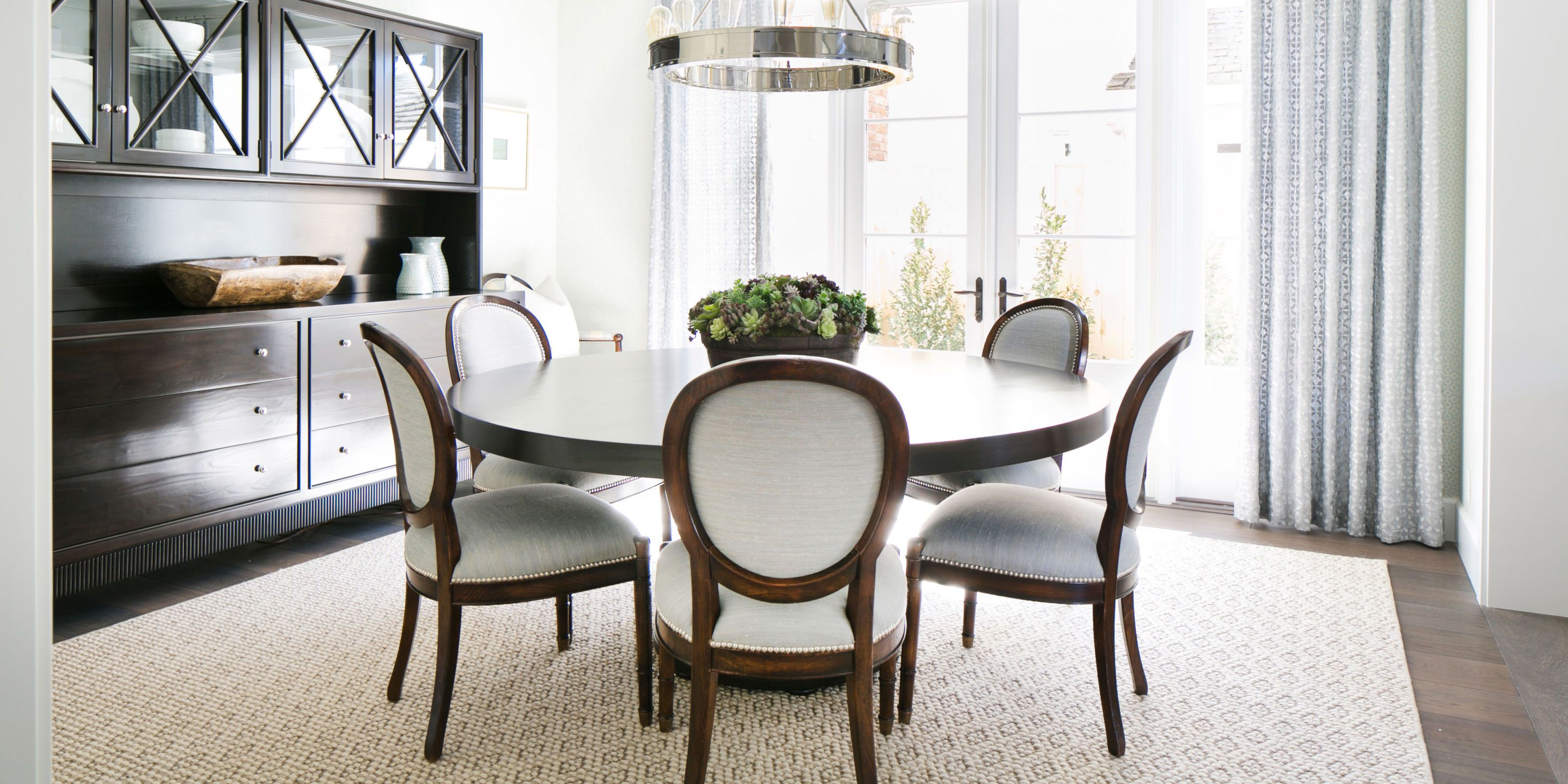 23 Best Round Dining Room Tables For Cozy Feasting