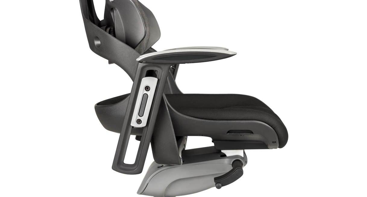 Waterfall seat decreases pressure behind the legs, improving circulation