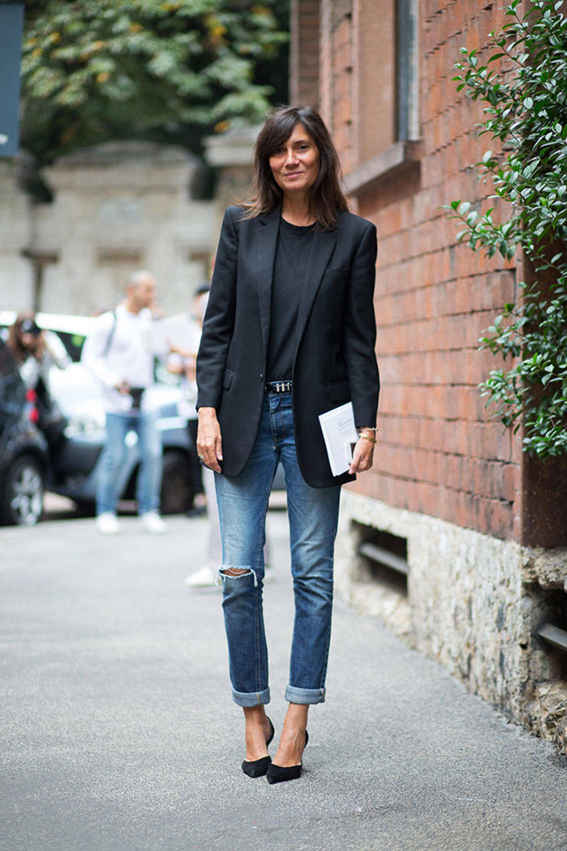 Do The Five Piece French Wardrobe Like A Parisian