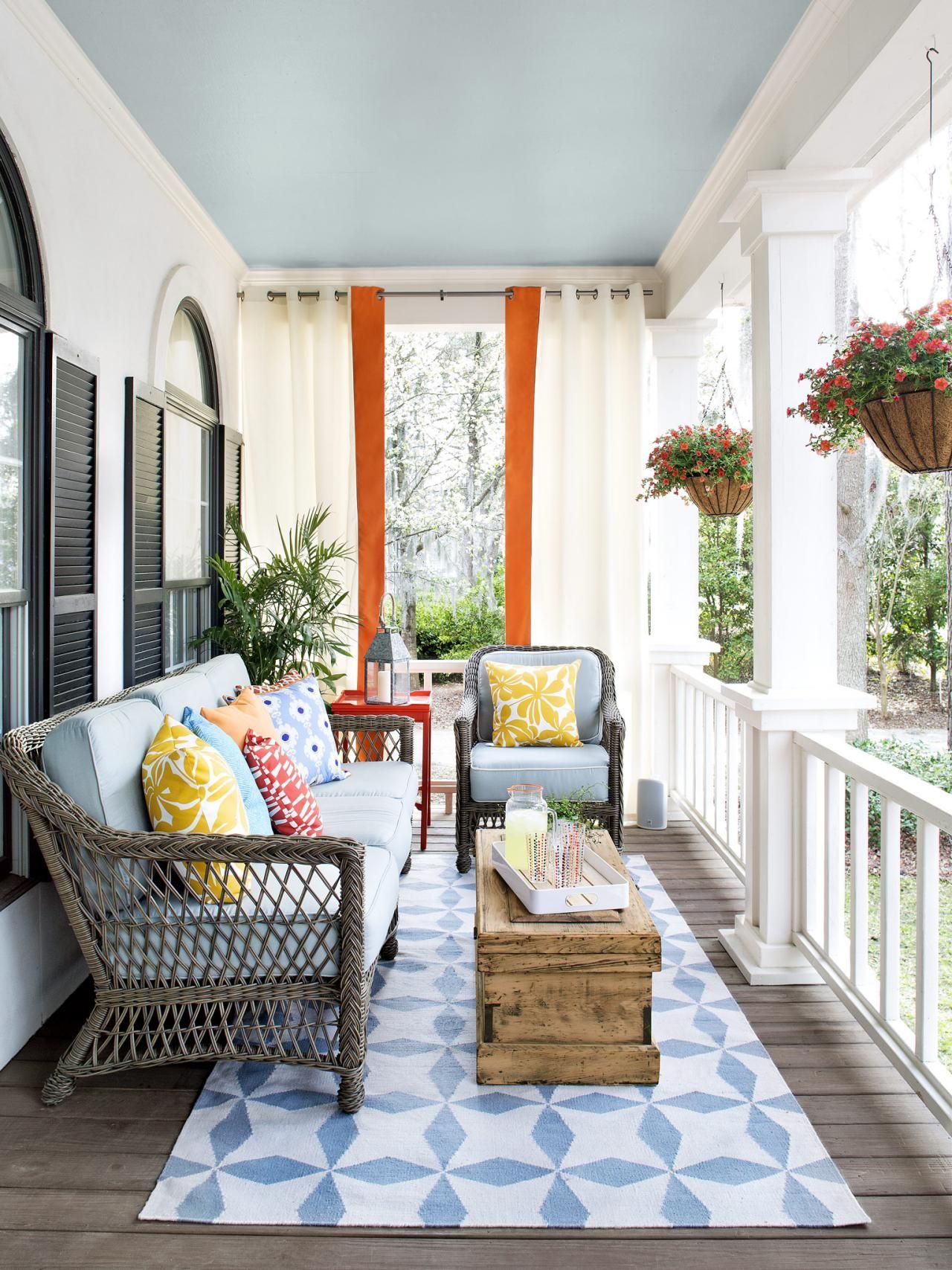 Varanda de sitio Veranda Design, Front Porch Furniture, Small Patio  Furniture, Patio Furniture