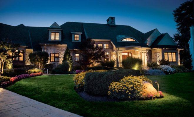 4 Advantages of LED Landscape Lighting