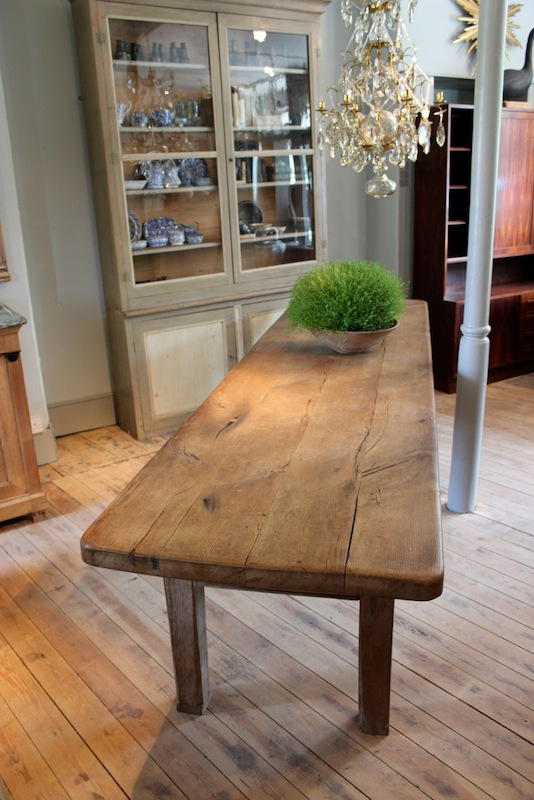 Large 18th Cent French Oak Dining Table with great Thick Top - Furniture