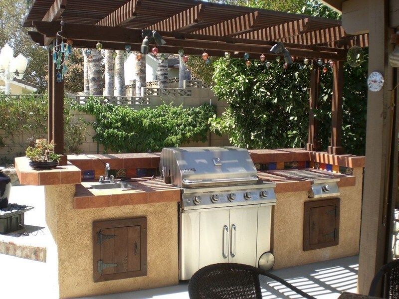 1. Barbecue Grill and Prep Station