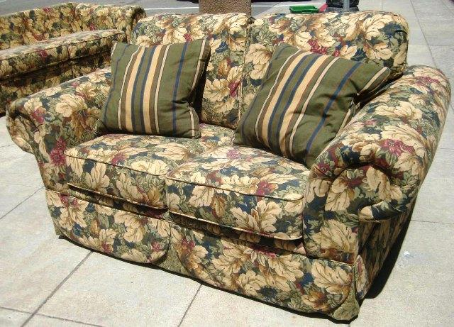 Neutral Big Flower Pattern Love Seat and Sofa