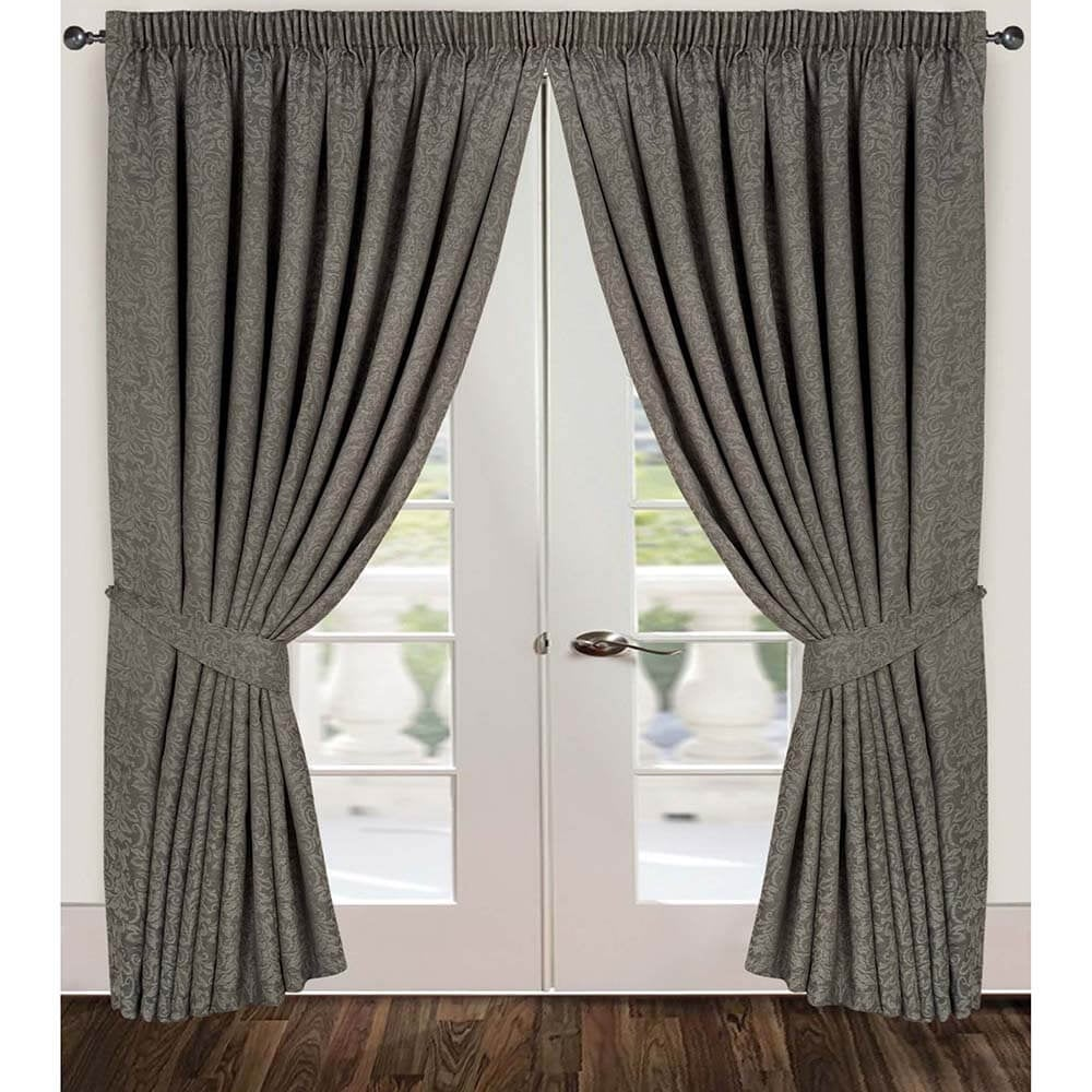 When to choose pencil pleat curtains