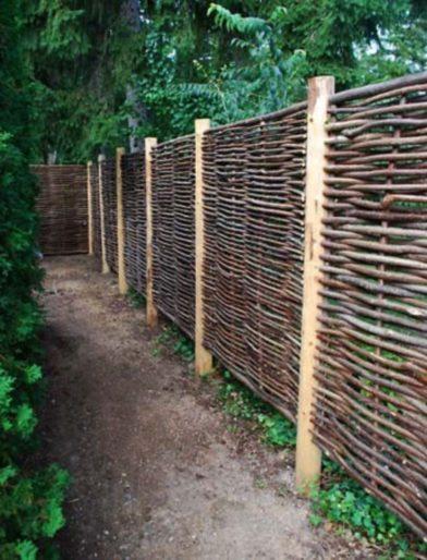 Cheap diy privacy fence ideas (52)