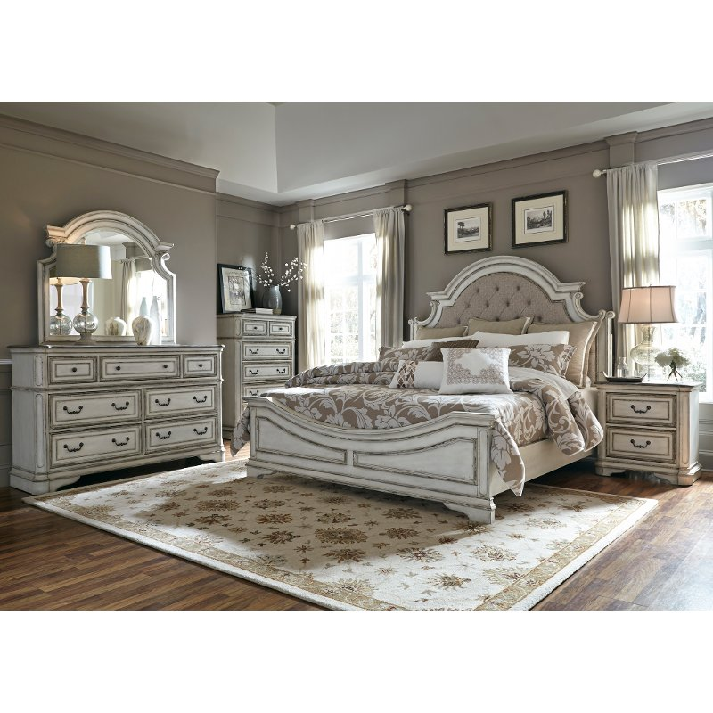 Antique White Traditional 4 Piece Queen Bedroom Set - Magnolia Manor