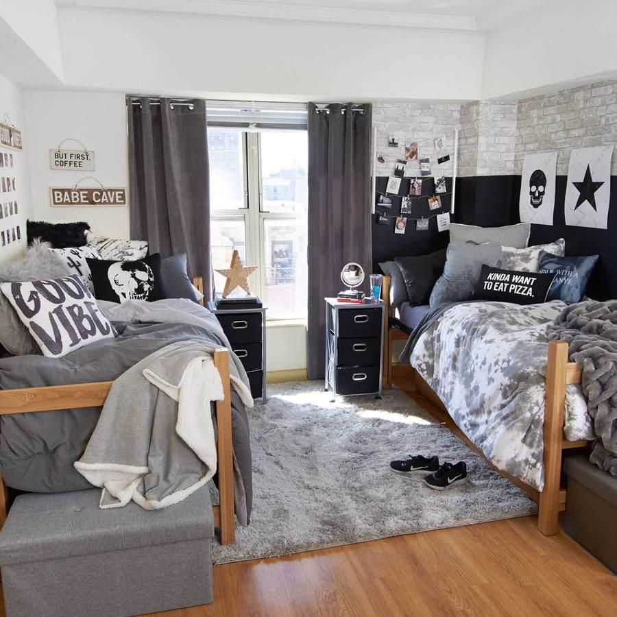 Good Vibes Room